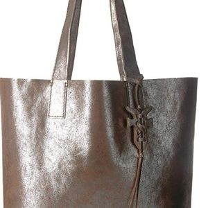 New FRYE Leather Carson Large Tote Silver-Multi